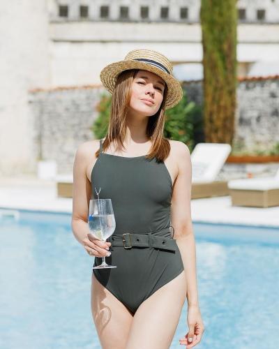 Катерина Шпица. Горячие фото в купальнике, пластика, биография